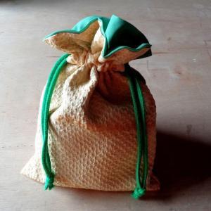 絞りの和布で巾着 3