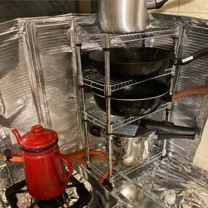 記録32日目❤️100均グッズで鍋フライパン置き棚を作りました