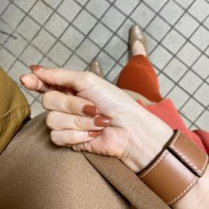 GU高見えパンプスと上品見えする秋色配色