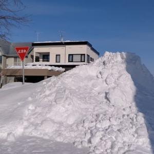 雪のバリケード