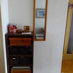 リビングの小さな棚