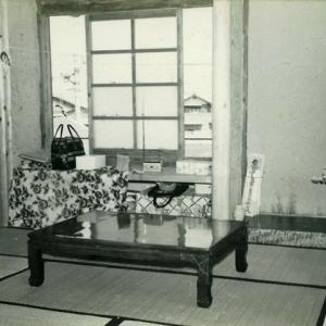 岡南興業北東テレビ部屋1963【おもいでの日(モノクロ)】