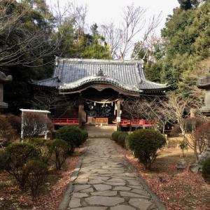 JR二宮駅付近にある伝説の吾妻神社と浅間神社。