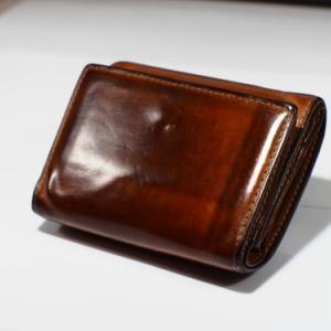[ヌメ革]10年間のエイジングでテカテカになった話[財布]