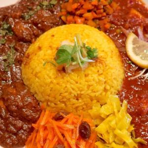 ヤマナカリーで爽やかな「白身魚とレモンとトマトのカレー」&「旨みチキンカレー」