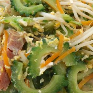 豊見城の家庭的な沖縄食堂「えびす食堂」でゴーヤーチャンプルー