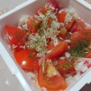 トマトが美味しい・・・・今日の節約お弁当~(⌒∇⌒)