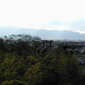 大神(オオミワ)神社と石上(イソノカミ)神社。二つのパワースポット。