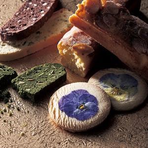 ☆「キリマンジャロ」と菫(すみれ)の花のクッキー☆ 恵比寿三越で過ごす日曜の午後☆(2)