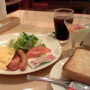 月曜の朝 バランスの良い朝食をあなたと・・