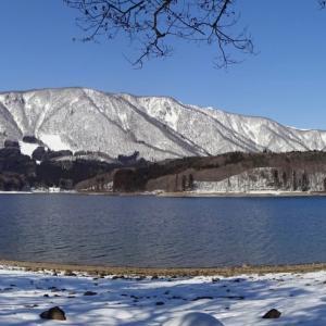 2月の晴れた日の ~ 青木湖畔にて