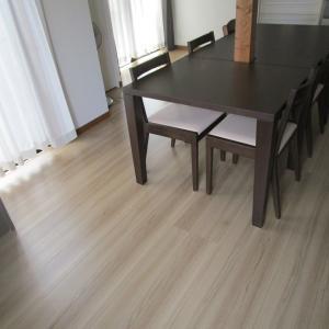 ネットで家具をオーダー。無垢のダイニングテーブルが出来るまで(DOIMOI楽天店)