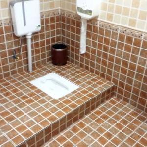 恐怖!ではないニイハオトイレ + おまけ