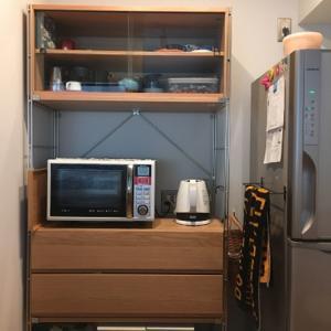 ユニットシェルフの食器棚