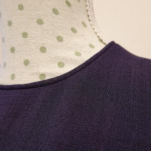 サマードレス、ネックラインが詰まり気味の理由と、丈のお直しについて。