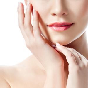 角質ケアとお肌を守る切り札「セラミド化粧品」で冬仕度