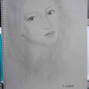 【デッサン・絵画】「顔をあげる女」【鉛筆・色鉛筆】