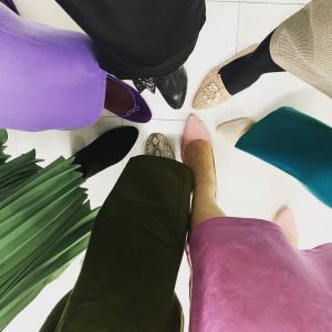 冬の足元で黒タイツはNG!何色を選ぶべき?