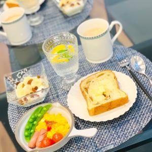お気に入りの食器で朝ごはん♡