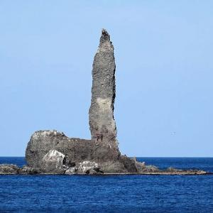 ぶらり初冬を行く 積丹半島の奇岩① 「ローソク岩」と余市「燻製屋」へ