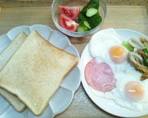 朝食的夕食の日