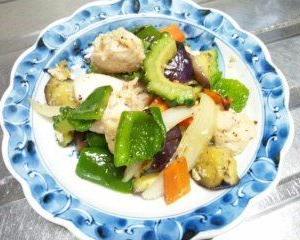 鶏胸肉と夏野菜の炒め物の日