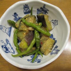 丸茄子の紫蘇風味炊き