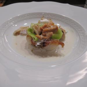 牡蠣のグリル白ワインクリームソース