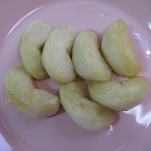 酸っぱい青リンゴの甘煮 ブラムリー