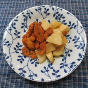 酸っぱい青リンゴ(ブラムリー)とウニのロゼワイン炊き