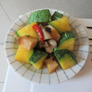 トコブシと菜南瓜の豆豉炊き