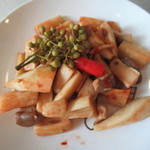 エリンギの郫縣豆瓣醬炊き