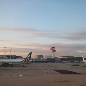 ローマ・フィウミチーノ空港からミラノ・リナーテ空港へ
