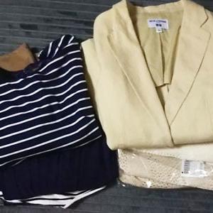 リサイクルショップに服を売る