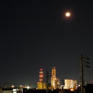 【静岡県浜松市】JR浜松駅前の夜景とお月様