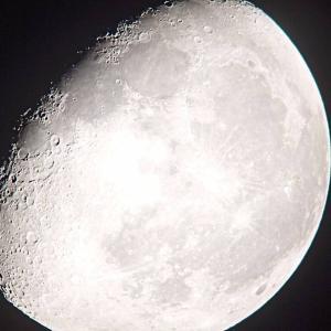 久しぶりの「月」