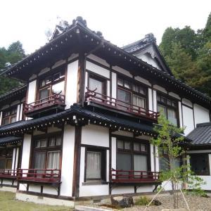 ましこ悠和館に宿泊、益子焼の朝ごはん。