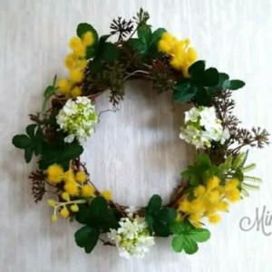 ダイソーのフェイクフラワーでミモザのリースと、天平の花まつり。