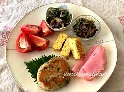 今日のお昼ごはん**