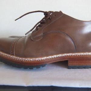 SHELL CORDOVAN MADE IN ITALY。