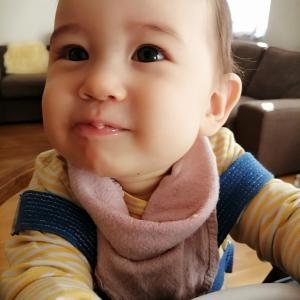 【海外で子育て】ちょうど9ヶ月な息子。