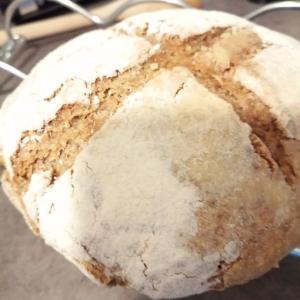 【海外で暮らす】パンを作りたい。