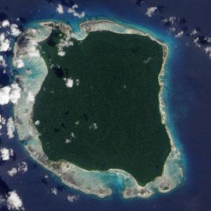 文明社会を拒絶する未開の孤島「北センチネル島」