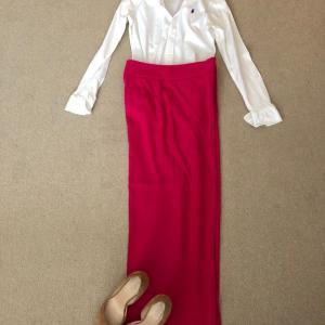 白シャツ+鮮やかカラーのワイドレッグパンツでExpatの妻も大変だ