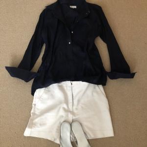 紺と白の王道な組み合わせで最近の流行り2パターン?