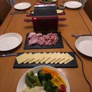 テーブルでお料理その3 ラクレット