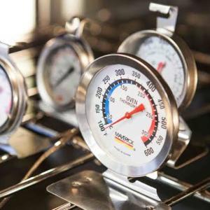 チキンのモモ肉でまだ難しいオーブンの温度設定
