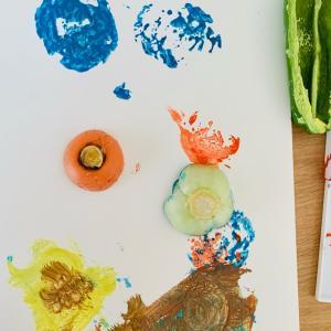 【8月食育クラス】野菜スタンプをおそう!&夏野菜を食べよう