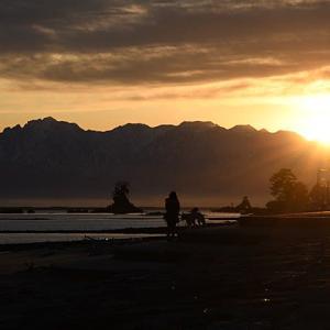 【今週末は富山県の『雨晴(あまはらし)海岸』で日の出を撮りに・・・ Vol.0 ~速報編~】