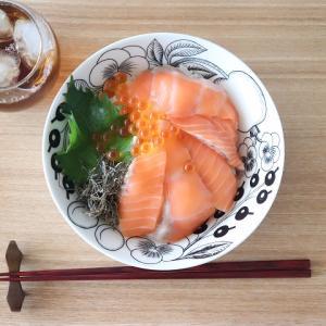 博多の海の見える糸島食堂「サーモンいくら丼」をお取り寄せで♪